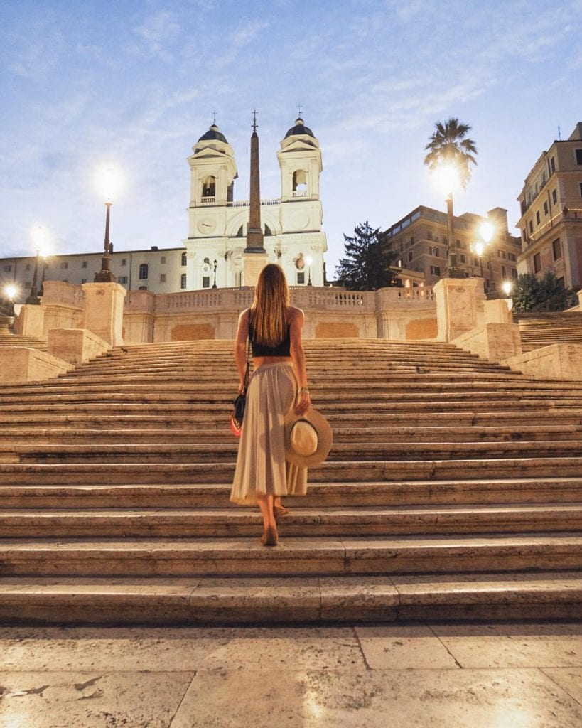 Rome really is like a movie scenario!   It even looks fake  . . . . . Rome #noidiroma #ig_italia #italyvacation #italyvacations #welivetoexplore #bellaitalia #ciaobella #italyblog #travelbloggers #damestravel #girlswhotravelsolo #travelbae #travelwithbae #romeitaly #romaitalia #italiangirls #visititaly#bestplaces #rometrip #cometorome #letsgoeverywhere #femmetraveler #romanity #topolindratravels #cometorome #romeandyou #romeandus #italyiloveyou #vivo_italia
