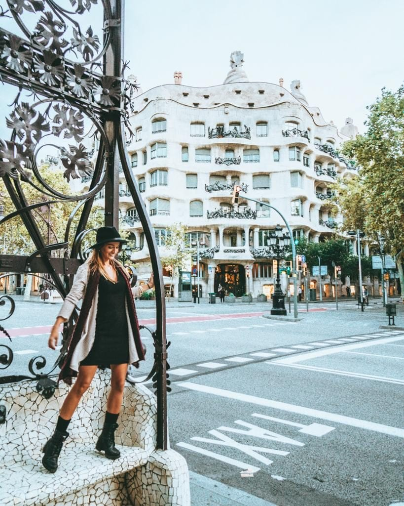Self guided walking tour of barcelona filled with tips!