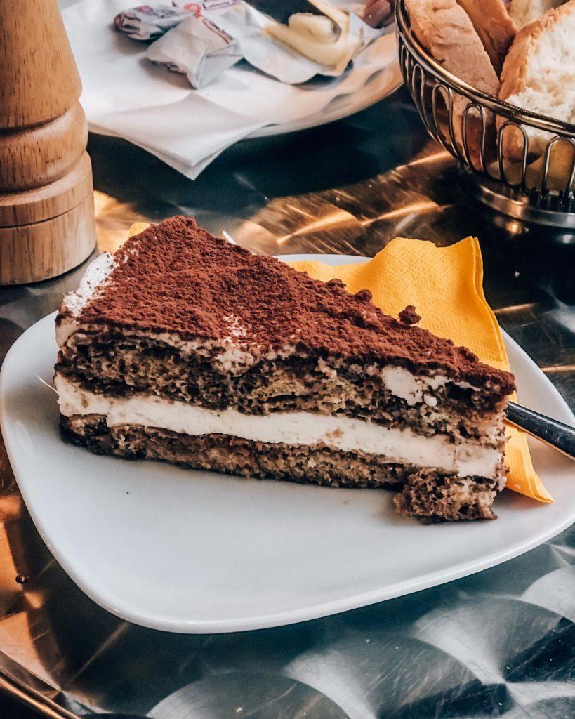 Tiramisu a popular italian dessert. Ital food lovers, the best of Italian cusine.
