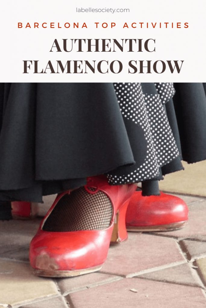 If you've never been to a Flamenco show, this is the perfect opportunity. Out of the things to do in Barcelona, this was my favorite must see experience, served with delicious food (anyone say tapas and sangria?) #barcelonamustsee #tapas #barcelonacity