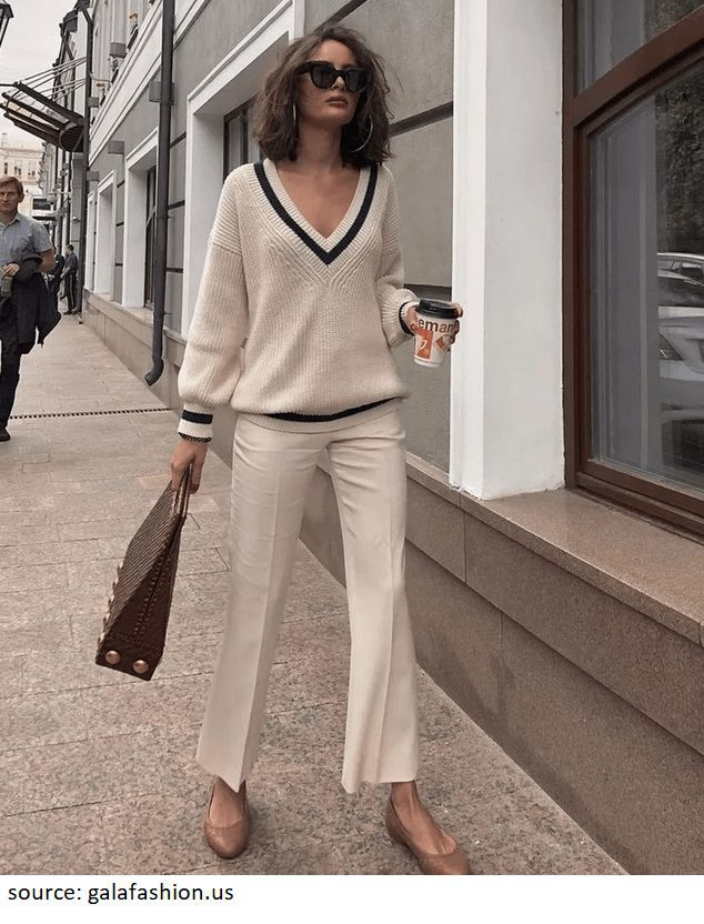 Barcelona spring street style inspiration to always look elegant in Europe. Get inspired by classic, timeless, neutral outfits to wear this spring 2020.
