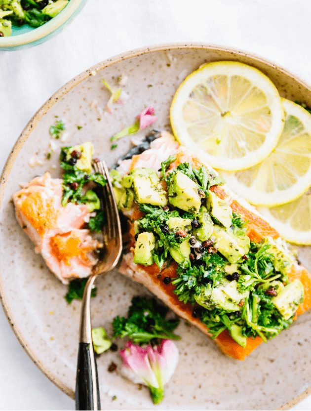 10-Minute Pan Seared Salmon with Avocado Gremolata   I have put together some easy, colorful, and healthy  summer recipes to inspire you to keep up with your healthy eating habits.