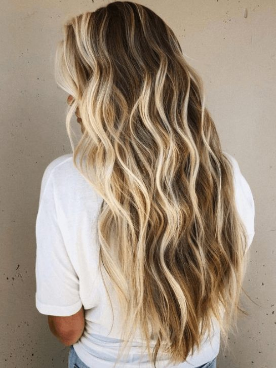 Want to learn how to get perfect mermaid hair? Beachy waves hair is a favorite among women. Find the best beach hair products and tools for beachy waves hairstyles, such as hair texturizer, hair spray, and dry shampoo. What is the best hair wand for lob styling and a perfect hair straightener to get loose wave hair.  #beachhair #beachywaveshair #beachairwave #mermaidhair