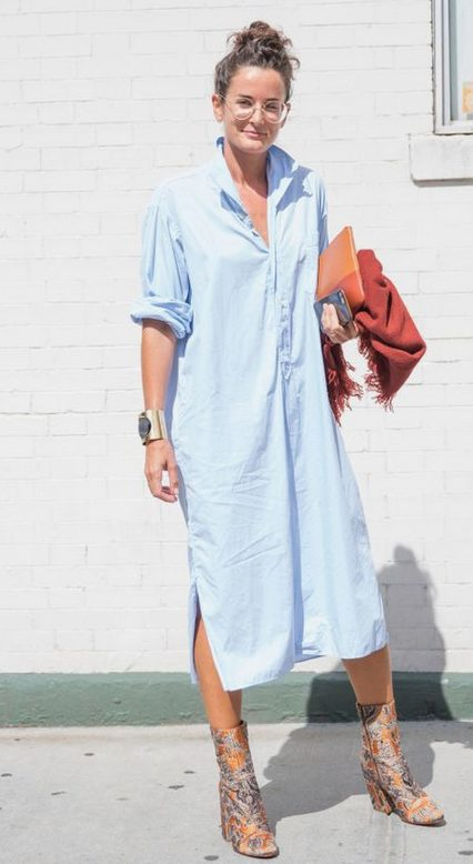 The best shirt dress outfit for women & t shirt fashion   LONG BLUE SHIRT DRESS - Looking for the perfect office dress shirt outfit to wear for summer? These shirt dress outfits and styles shirt are perfect to wear for warm weather. Find the best casual and chic dress shirt outfits for women that are, comfortable, and also the best fashionable t shirts summer outfits for women. #shirtdressoutfit #shirtdress #tshirtstyle #styleshirt #summeroutfits