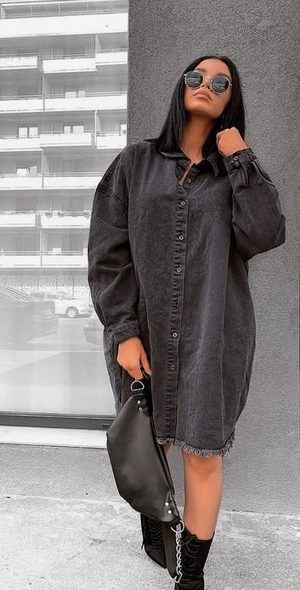 The best shirt dress outfit for women & t shirt fashion   GREY OVERSIZED SHIRT DRESS - Looking for the perfect office dress shirt outfit to wear for summer? These shirt dress outfits and styles shirt are perfect to wear for warm weather. Find the best casual and chic dress shirt outfits for women that are, comfortable, and also the best fashionable t shirts summer outfits for women. #shirtdressoutfit #shirtdress #tshirtstyle #styleshirt #summeroutfits