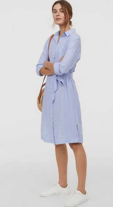 The best shirt dress outfit for women & t shirt fashion   MIDI BLUE SHIRT DRESS - Looking for the perfect office dress shirt outfit to wear for summer? These shirt dress outfits and styles shirt are perfect to wear for warm weather. Find the best casual and chic dress shirt outfits for women that are, comfortable, and also the best fashionable t shirts summer outfits for women. #shirtdressoutfit #shirtdress #tshirtstyle #styleshirt #summeroutfits