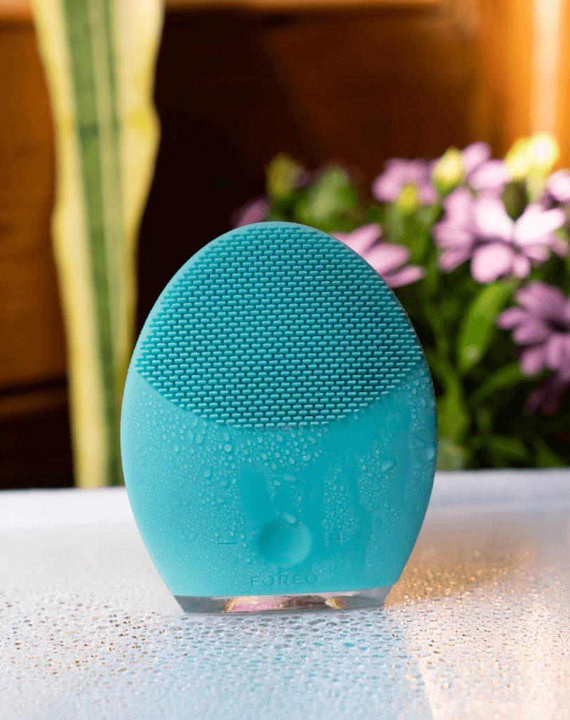 Foreo Luna 2 Honest Review   Best Skincare Tool?