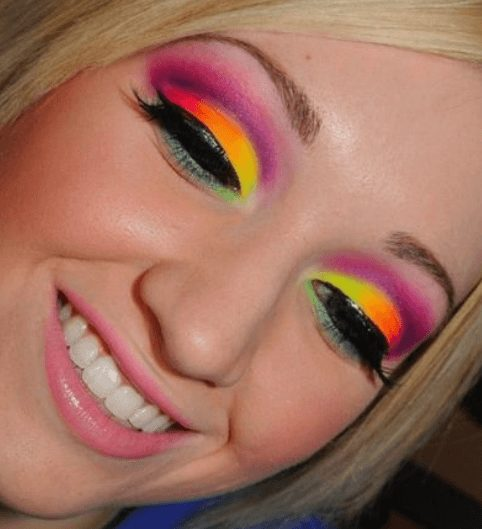 Colorful Bright Neon Eye Makeup   From Neon eyeshadow looks, neon eyeshadow in bright colors, from green, yellow, orange, hot pink, and blue. Beautiful eye makeup eyes, from neon eyeshadow makeup inspiration  colorful eye makeup, bright eye makeup, dramatic colorful eye makeup, and neon eyeshadow makeup tutorial, perfect for summer. Here you'll find the best bold ideas for bright neon eye makeup ideas, colorful eyeshadow, neon makeup glitter, and summer festival makeup #neoneyeshadow #neoneyemakeup #colorfuleyemakeup #brighteyemakeup #neoneyemakeupideas