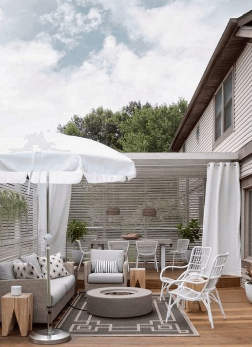The Best Outdoor Patio Furniture on Amazon for Summer | Modern Life Outside. Looking for modern ideas for outdoor patio furniture? Find ideas on how to decorate outdoor patio, lounge areas, ideas layout, and small dining lounge areas with fire pit, set decks, outdoor porch ideas, cushions, backyard ideas and patio inspiration for small space during summer. #patiofurniture #outdoorfurniture #patiodecore #patioinspiration
