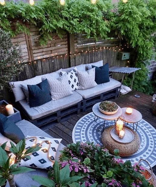 The Best Outdoor Patio Furniture on Amazon for Summer | Touches of Blue. Looking for modern ideas for outdoor patio furniture? Find ideas on how to decorate outdoor patio, lounge areas, ideas layout, and small dining lounge areas with fire pit, set decks, outdoor porch ideas, cushions, backyard ideas and patio inspiration for small space during summer. #patiofurniture #outdoorfurniture #patiodecore #patioinspiration