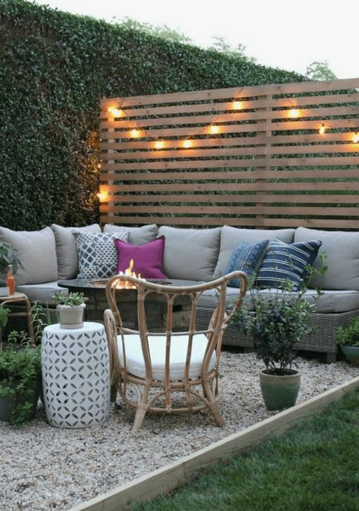 The Best Outdoor Patio Furniture on Amazon for Summer | Modern Rustic. Looking for modern ideas for outdoor patio furniture? Find ideas on how to decorate outdoor patio, lounge areas, ideas layout, and small dining lounge areas with fire pit, set decks, outdoor porch ideas, cushions, backyard ideas and patio inspiration for small space during summer. #patiofurniture #outdoorfurniture #patiodecore #patioinspiration
