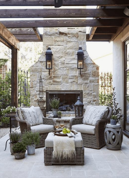 The Best Outdoor Patio Furniture on Amazon for Summer | Looking for modern ideas for outdoor patio furniture? Find ideas on how to decorate outdoor patio, lounge areas, ideas layout, and small dining lounge areas with fire pit, set decks, outdoor porch ideas, cushions, backyard ideas and patio inspiration for small space during summer. #patiofurniture #outdoorfurniture #patiodecore #patioinspiration