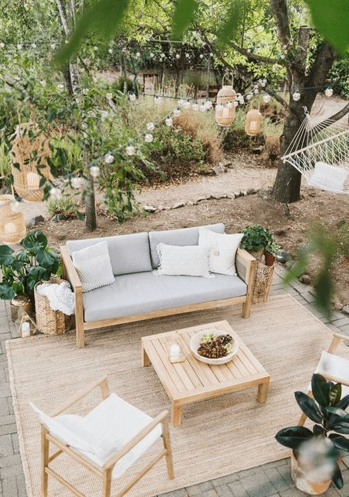 The Best Outdoor Patio Furniture on Amazon for Summer | Simple and Cute. Looking for modern ideas for outdoor patio furniture? Find ideas on how to decorate outdoor patio, lounge areas, ideas layout, and small dining lounge areas with fire pit, set decks, outdoor porch ideas, cushions, backyard ideas and patio inspiration for small space during summer. #patiofurniture #outdoorfurniture #patiodecore #patioinspiration