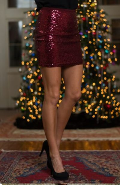 Classy Christmas party outfits: Short Red Sequin Skirt
