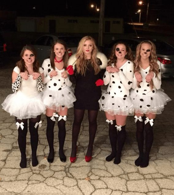 Cruella DeVille and the Dalmatians | The best group Halloween costumes for girls