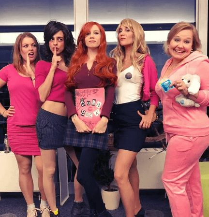 Mean Girls-Inspired Halloween Costume | The best group Halloween costumes for girls