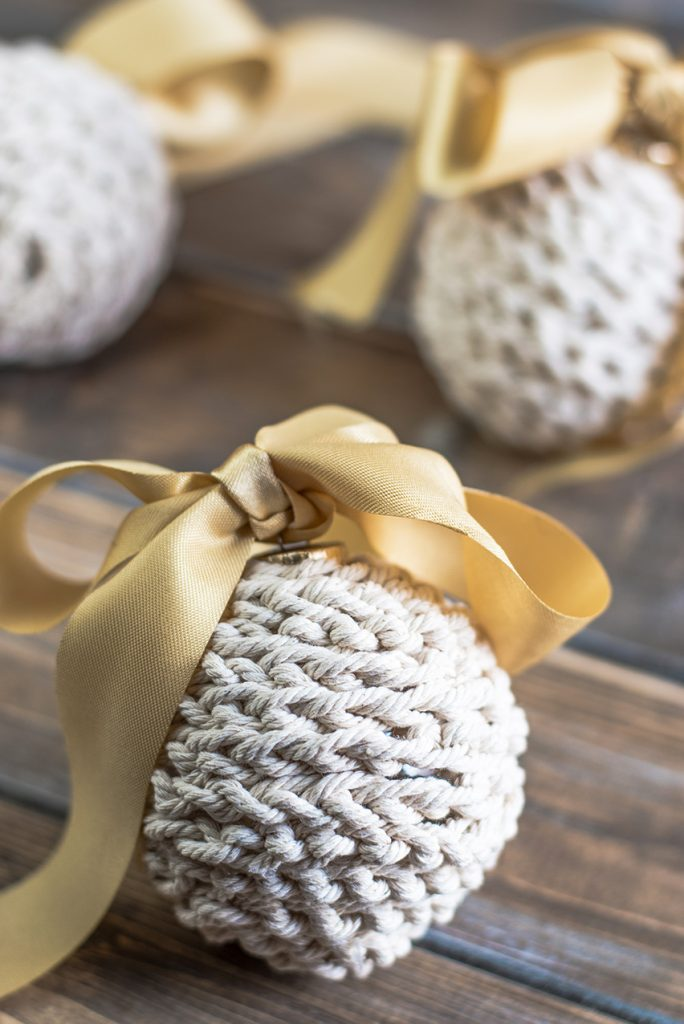 Rustic Farmhouse Christmas Decor with a golden ribbon