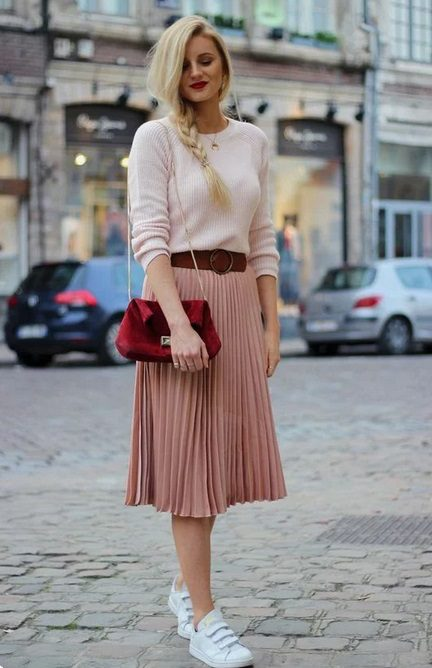Pink monochrome outfit perfect for autumn