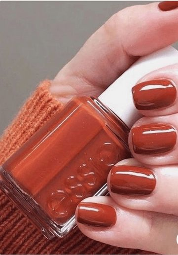 Want the best fall nail color ideas for autumn nails, such as this Reddish Orange Tones for Elegant Nail Polish? Find cute and elegant acrylic and gel polish nail polish ideas for 2020, from light, neutral, orange and matte fall nail color ideas, perfect for both light and dark skins #fallnailcolor #fallnailideas #autumnnailcolors #autumn #fallcolors