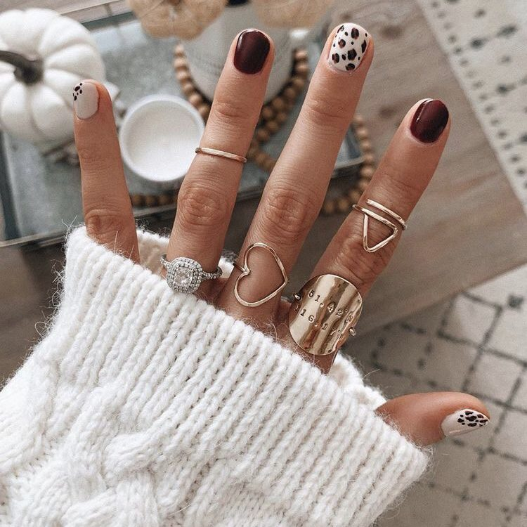 Want the best fall nail color ideas for autumn nails, such as this Unique Fall Nail Polish Design Idea? Find cute and elegant acrylic and gel polish nail polish ideas for 2020, from light, neutral, orange and matte fall nail color ideas, perfect for both light and dark skins #fallnailcolor #fallnailideas #autumnnailcolors #autumn #fallcolors