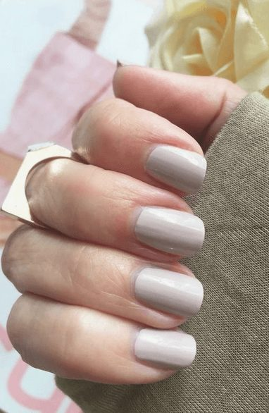 Want the best fall nail color ideas for autumn nails, such as this Delicate Eggshell Nail Color Perfect for Cooler Days? Find cute and elegant acrylic and gel polish nail polish ideas for 2020, from light, neutral, orange and matte fall nail color ideas, perfect for both light and dark skins #fallnailcolor #fallnailideas #autumnnailcolors #autumn #fallcolors