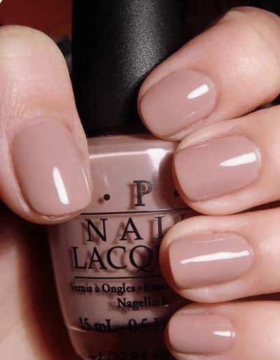 Want the best fall nail color ideas for autumn nails, such as this Delicate Nude Nail Polish? Find cute and elegant acrylic and gel polish nail polish ideas for 2020, from light, neutral, orange and matte fall nail color ideas, perfect for both light and dark skins #fallnailcolor #fallnailideas #autumnnailcolors #autumn #fallcolors