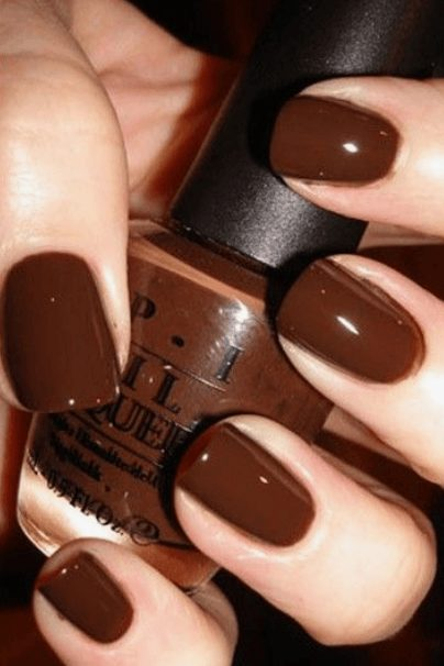 Want the best fall nail color ideas for autumn nails, such as this Dark Brown Tones for Nail Polish? Find cute and elegant acrylic and gel polish nail polish ideas for 2020, from light, neutral, orange and matte fall nail color ideas, perfect for both light and dark skins #fallnailcolor #fallnailideas #autumnnailcolors #autumn #fallcolors