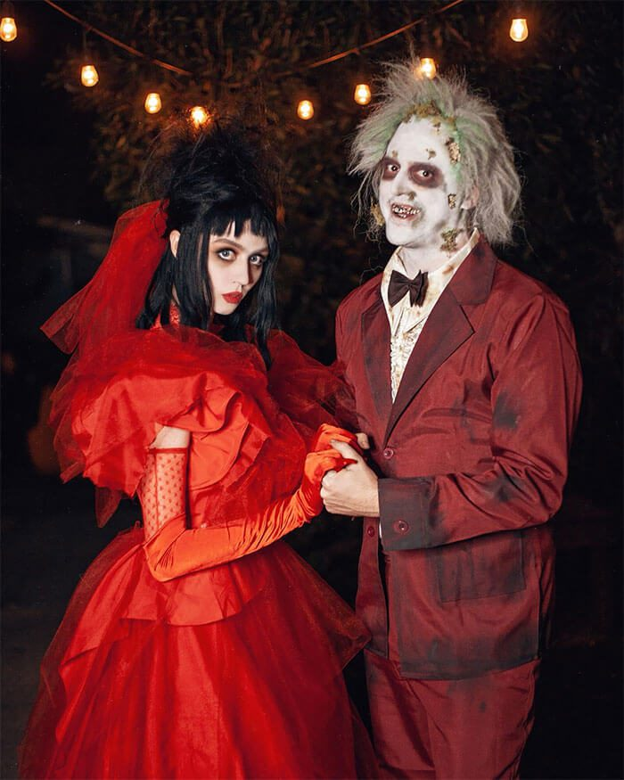 Beetlejuice and Lydia Costume | Looking for iconic couples costume Halloween ideas for 2020? Find the best couples Halloween costume ideas, perfect for matching with your boyfriend. Find hot couples costume ideas, cool Disney characters costumes and the best DIY, funny, and scary couples Halloween costume inspiration.  #CouplesCostumeHalloween #couplescostume #halloweencouples #halloween