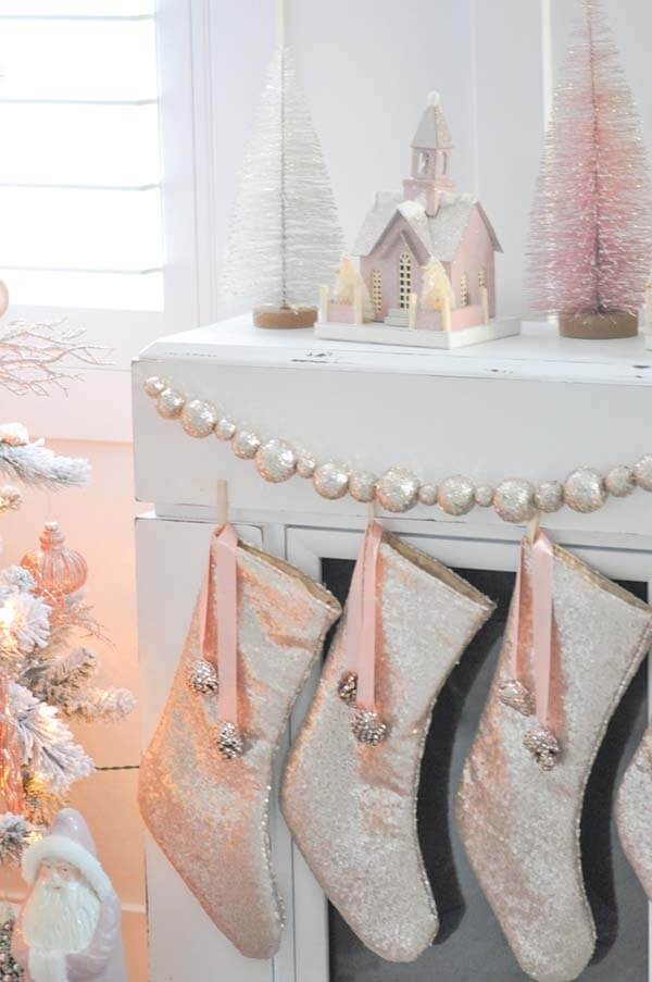 Gorgeous Rose Gold Christmas Stockings with Sequins | Want ideas for a themed Christmas decor this year? There is nothing more elegant and feminine that pink gold decor and the sky is the limit when looking for pink gold Christmas decoration. From pink Christmas tree, elegant gold pink Christmas decoration and ornaments, gold pink xmas wreaths, gold pink ideas DIY and the cutest gold pink Christmas decor from the dollar store. #pinkchristmas #pinkgoldchristmas #pinkchristmasdecor #pinkchristmasaesthetic #themedchirstmas