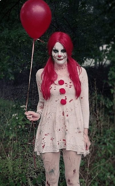 IT-inspired makeup for Girls' Halloween (Pennywise makeup for girls)