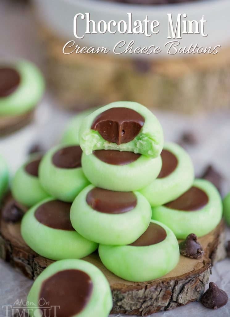Looking for delicious sugar-free Christmas candy recipes, such as this Chocolate Mint Cream Cheese Buttons? Find the best keto candy recipes for Christmas party. From easy sugar-free candy recipe with apples, crockpot, and delicious homemade holiday fat bombs and treats #christmascandy #sugarfreecandy #ketocandyrecipes