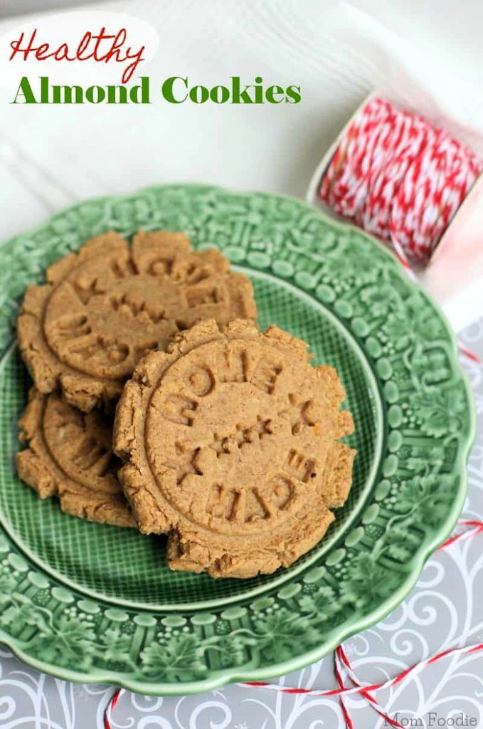 Looking for delicious sugar-free Christmas candy recipes, such as this Healthy Almond Cookies? Find the best keto candy recipes for Christmas party. From easy sugar-free candy recipe with apples, crockpot, and delicious homemade holiday fat bombs and treats #christmascandy #sugarfreecandy #ketocandyrecipes