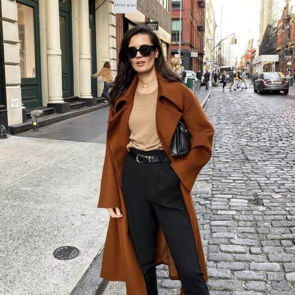 Learn how to dress like a Parisian woman and look chic all year round