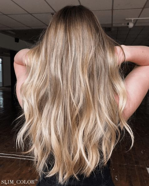 Beautiful blonde hair locks: How to lighten your hair at home