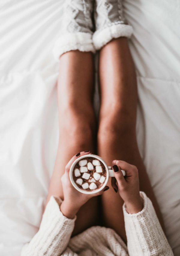 A deliciously cozy winter self care routine for cold days