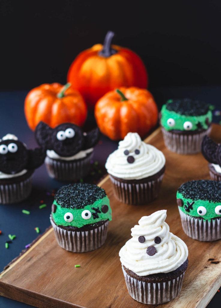 Healthy Halloween Snack IdeasVegan Halloween Cupcakes (Ghosts, Monsters, and Bats)