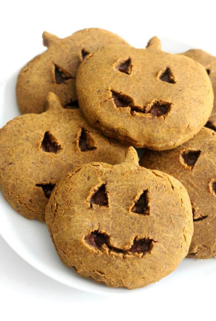 Healthy Halloween Snack Ideas  Homemade Little Debbie Pumpkin Delight Cookies (vegan, gluten-free)