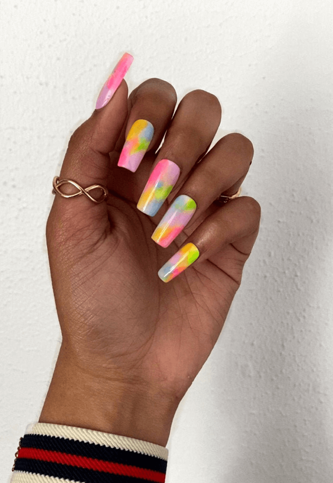 Cotton Candy Dreams    Pastel Watercolor Press On Nails