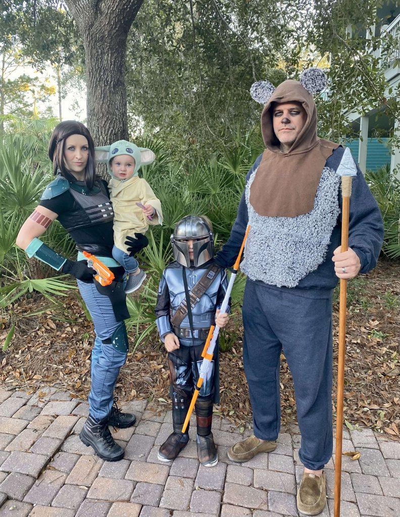 The Mandalorian Group Costume for Halloween